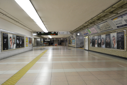 オメガ/JR名古屋駅で大型広告キャンペーン展開!_f0039351_2316824.jpg