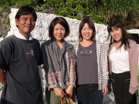 ゆんたく会(?)で、読谷の 『 さんご畑 』 へGO!_a0142373_2054523.jpg