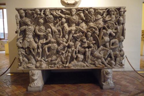 古代ローマの至宝を集めた小さな美術館~パラッツォ・アル・テンプス_f0106597_6284870.jpg
