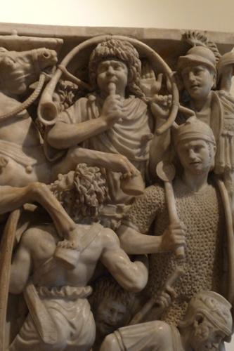 古代ローマの至宝を集めた小さな美術館~パラッツォ・アル・テンプス_f0106597_6303139.jpg