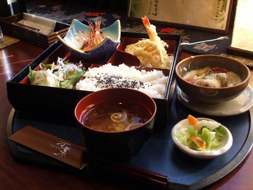 shigekoさん、秋田の旅 その1_f0019498_2342339.jpg