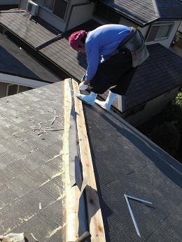 雨漏りしていた屋根の部分葺き替え~葺き替え工事完了です。_d0165368_724195.jpg