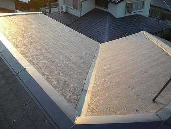 雨漏りしていた屋根の部分葺き替え~葺き替え工事完了です。_d0165368_726023.jpg