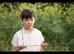 縞模様のパジャマの少年_f0204295_1422732.jpg