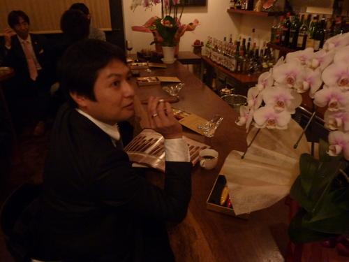 ミクニでの富裕層たちの夢の饗宴〜シャンパン、シガー/オメガ_f0039351_15265411.jpg