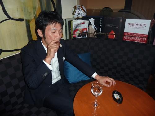 ミクニでの富裕層たちの夢の饗宴〜シャンパン、シガー/オメガ_f0039351_15272692.jpg