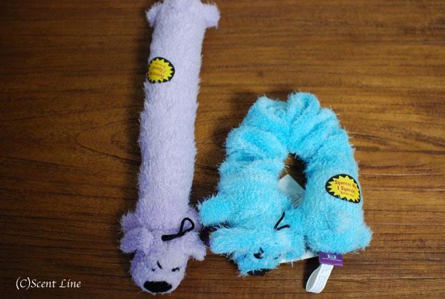 オススメ!犬用おもちゃとグッズのラインナップ_c0099133_5155839.jpg