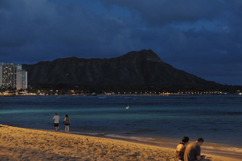 #10-236    Hawaii days ~ Waikiki Sunset_b0065572_8551426.jpg