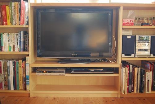 テレビ台が出来ました♪_c0124100_2350034.jpg