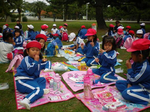 自由登園で浜寺公園へ_e0213130_10372885.jpg