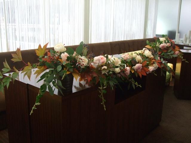 オークリーフ(紅葉木苺と秋バラのウェディング)_f0049672_16122090.jpg