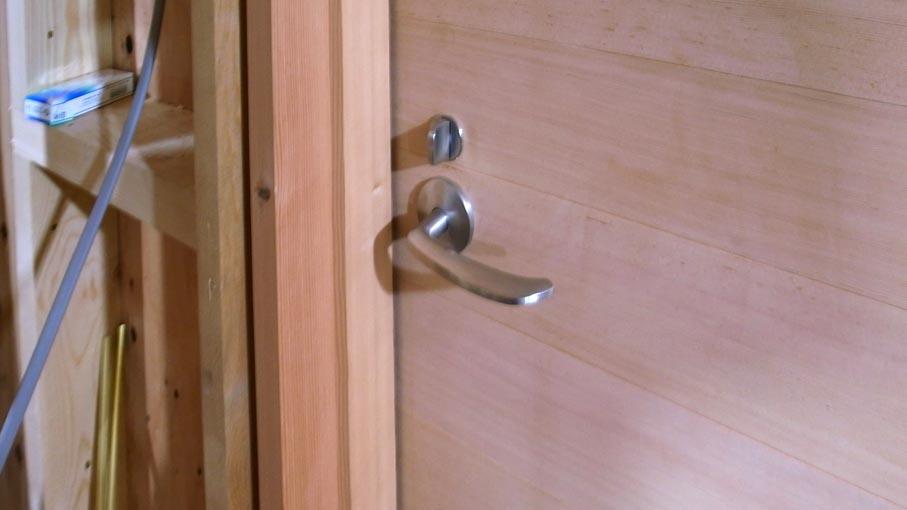 玄関が付いたり、家具の打合せをしたり_b0061387_23192571.jpg