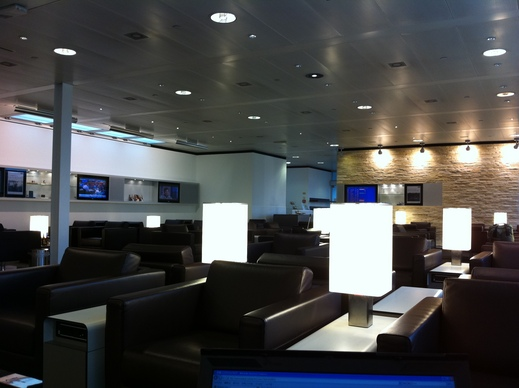 Geneva Airport Lounge_c0128818_2103414.jpg