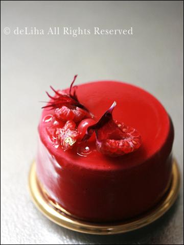 『リベルターブル』・バジルとフリュイルージュのケーキ【グラース】_c0131054_10122635.jpg