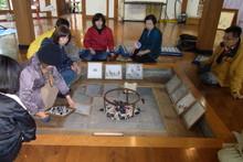八ッ杉千年の森のイベント「和紙に炭を漉く」開催_e0061225_14125992.jpg