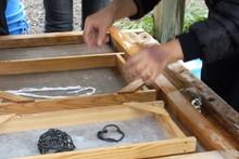 八ッ杉千年の森のイベント「和紙に炭を漉く」開催_e0061225_1465545.jpg