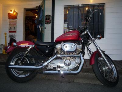 本日のバイク!_f0194657_17353310.jpg