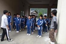 服間小学校の子供達が大豆の収穫をしました_e0061225_953226.jpg