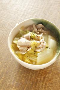 白菜とぶたバラのコンソメスープ_d0190828_1151078.jpg