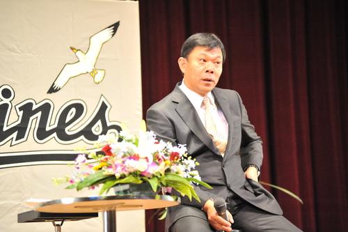 西村監督(ロッテ)串間市民栄誉賞 受賞 おめでとう_a0043276_21182017.jpg