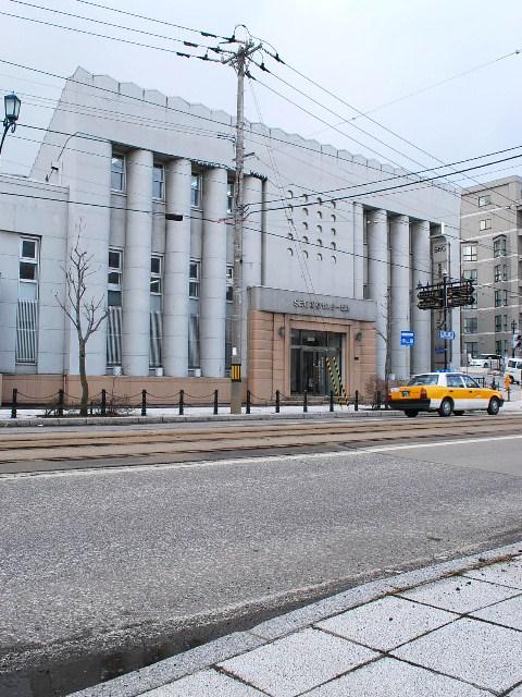函館・百十三銀行本店(建築家・関根要太郎作品研究、その6)_f0142606_881311.jpg