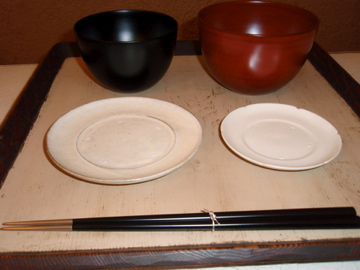 小林慎二さんのまゆ椀で遊んでみました_b0132442_17433451.jpg