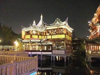 激旅!上海2泊3日2010 (4)~豫園_e0173645_2251645.jpg