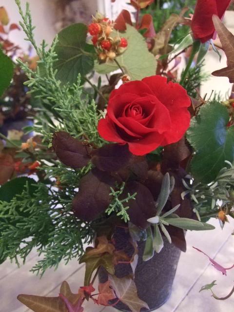 オークリーフ花の教室(島崎さんの作品)_f0049672_1833471.jpg