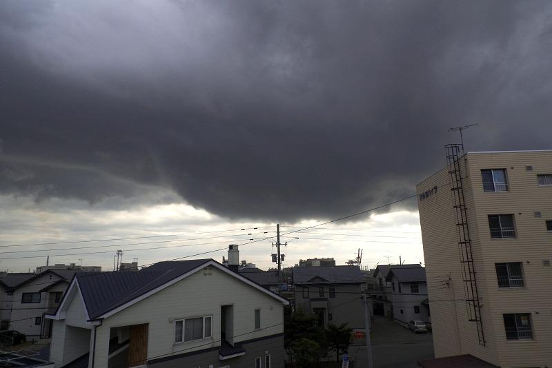 結局、雨は落ちなかった_a0160581_17493172.jpg
