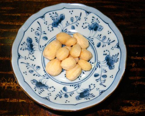 アピオスの収穫と・・・食べてみました(^^)_a0136293_1594866.jpg