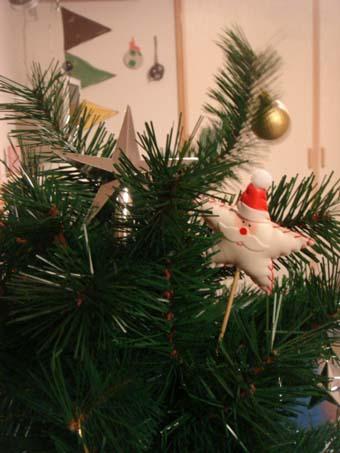 我が家のクリスマスツリー_a0166313_20155829.jpg