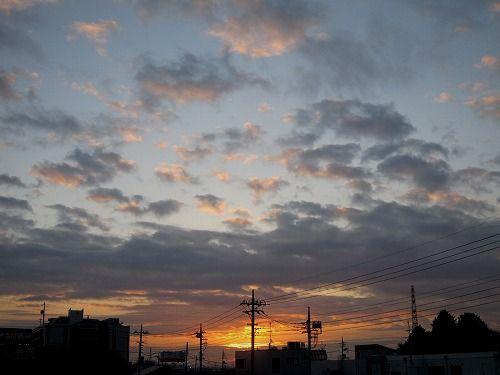 きょうの空。_b0157216_1063476.jpg
