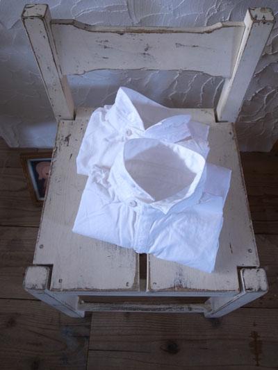 白いシャツ。_a0113127_1227406.jpg