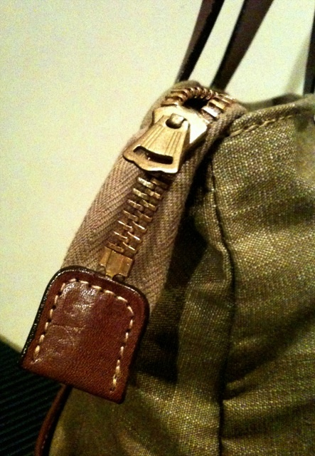 WALK ON SHOULDER TOTE BAG!!入荷しております!_c0144020_1594018.jpg
