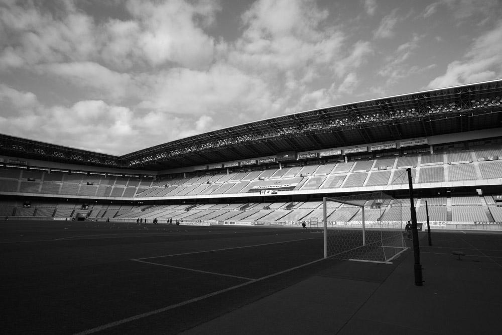 横浜FC ヨコハマぽるとカップ2010_b0023523_22533048.jpg