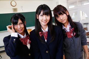 "AKB48の新ユニット""フレンチ・キス""が、大人気少女漫画と最強コラボレーション_e0025035_101599.jpg"