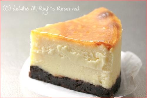 『デザートサーカス』・とろけるチーズケーキ【ダブルチョコレートチーズケーキ】_c0131054_14153076.jpg