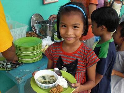 学校給食とオーガニック菜園を通じた食育プロジェクト_f0210568_1432341.jpg