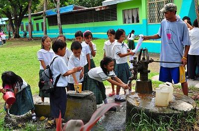 学校給食とオーガニック菜園を通じた食育プロジェクト_f0210568_1637160.jpg