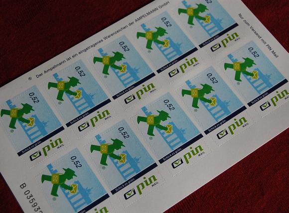 PIN Mail アンペルマンの切手!_c0180686_2184465.jpg