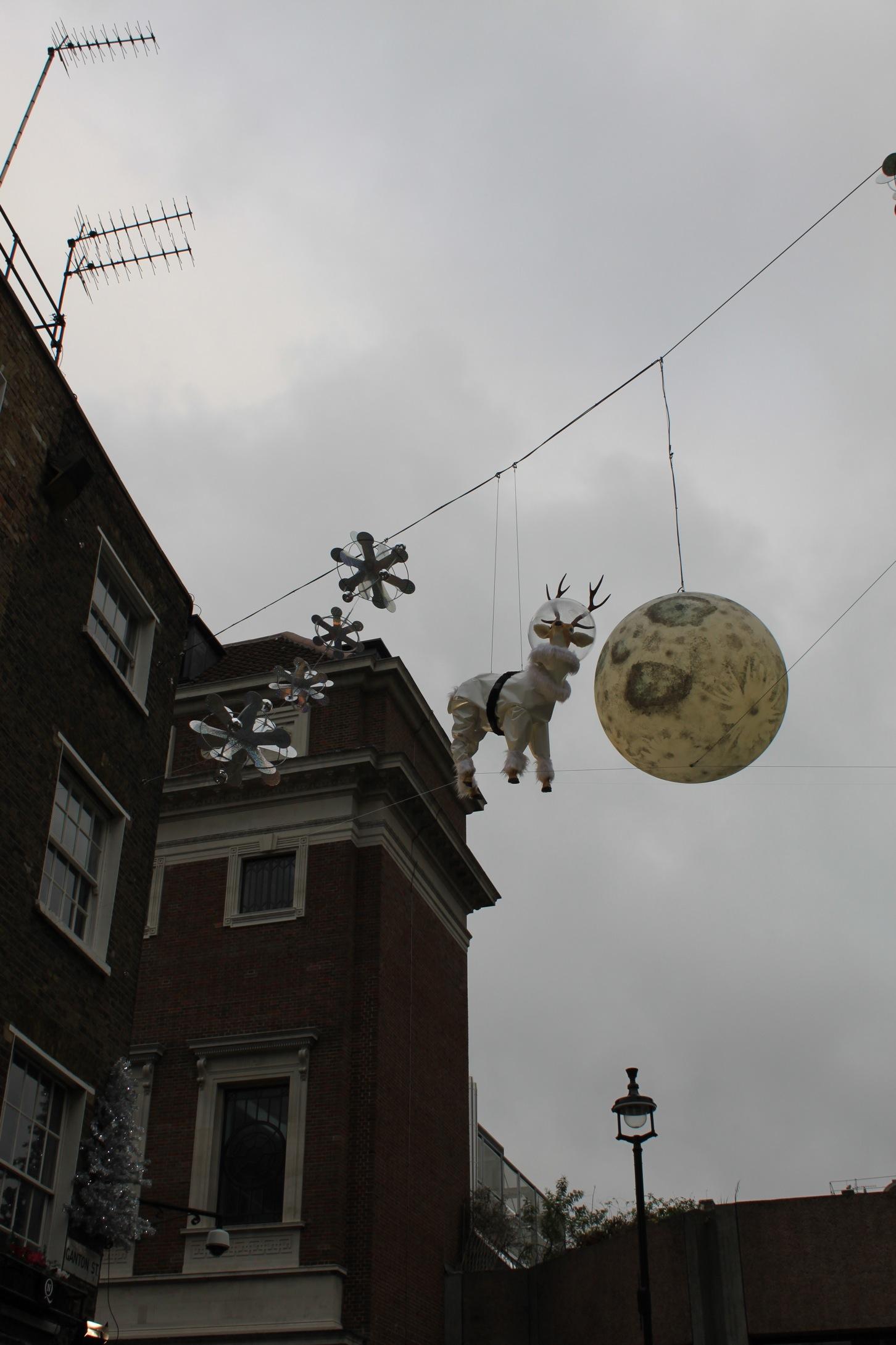 すでにクリスマスなロンドン街角より_a0137487_241152.jpg