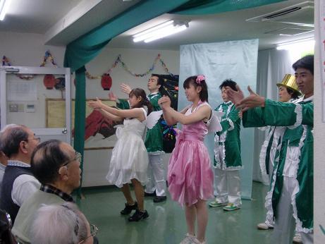 竹浪一座、老健うぐいす園公演!_e0164724_18184187.jpg