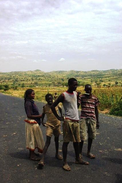 エチオピア(28) コンソからウェイトへ_c0011649_0595623.jpg