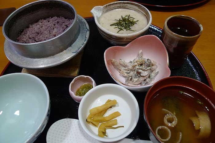 自然薯とろろ定食 @ 道の駅 みなみ波賀_e0024756_1622535.jpg