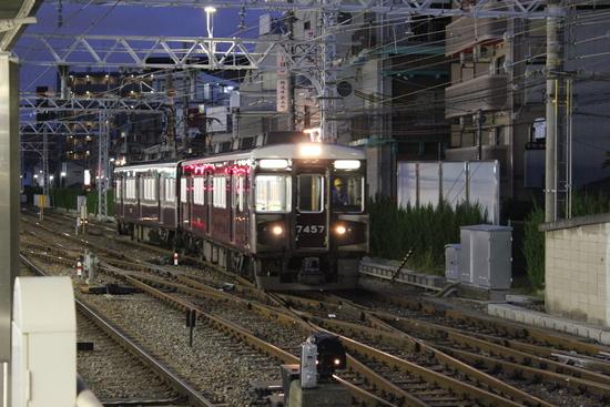 阪急 直通特急・快速特急梅田行き_d0202264_19334559.jpg