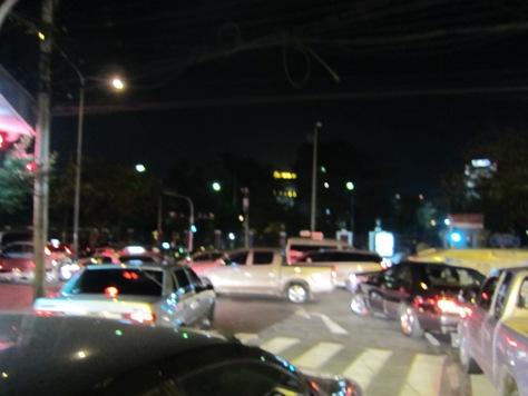 タイのマクドナルド(バイクタクシーに乗りました)_b0100062_10756.jpg