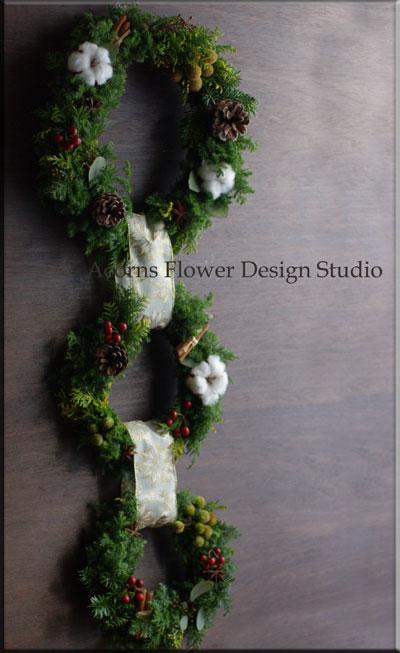 クリスマスツリーとリース_f0215262_17253259.jpg