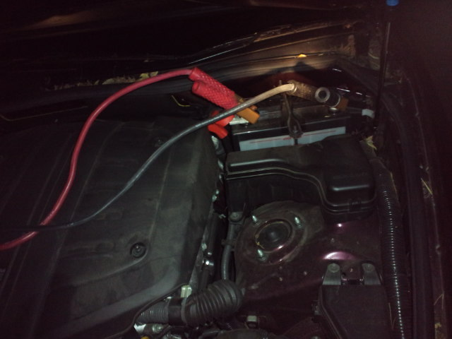 車のバッテリーが_c0151965_2042684.jpg
