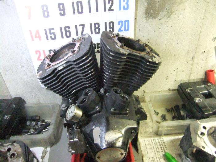 エボ エンジンをバラそう!! 腰上編_c0226202_2329592.jpg
