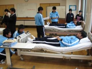 11月17日 川口高校学校見学会_b0137422_1610214.jpg